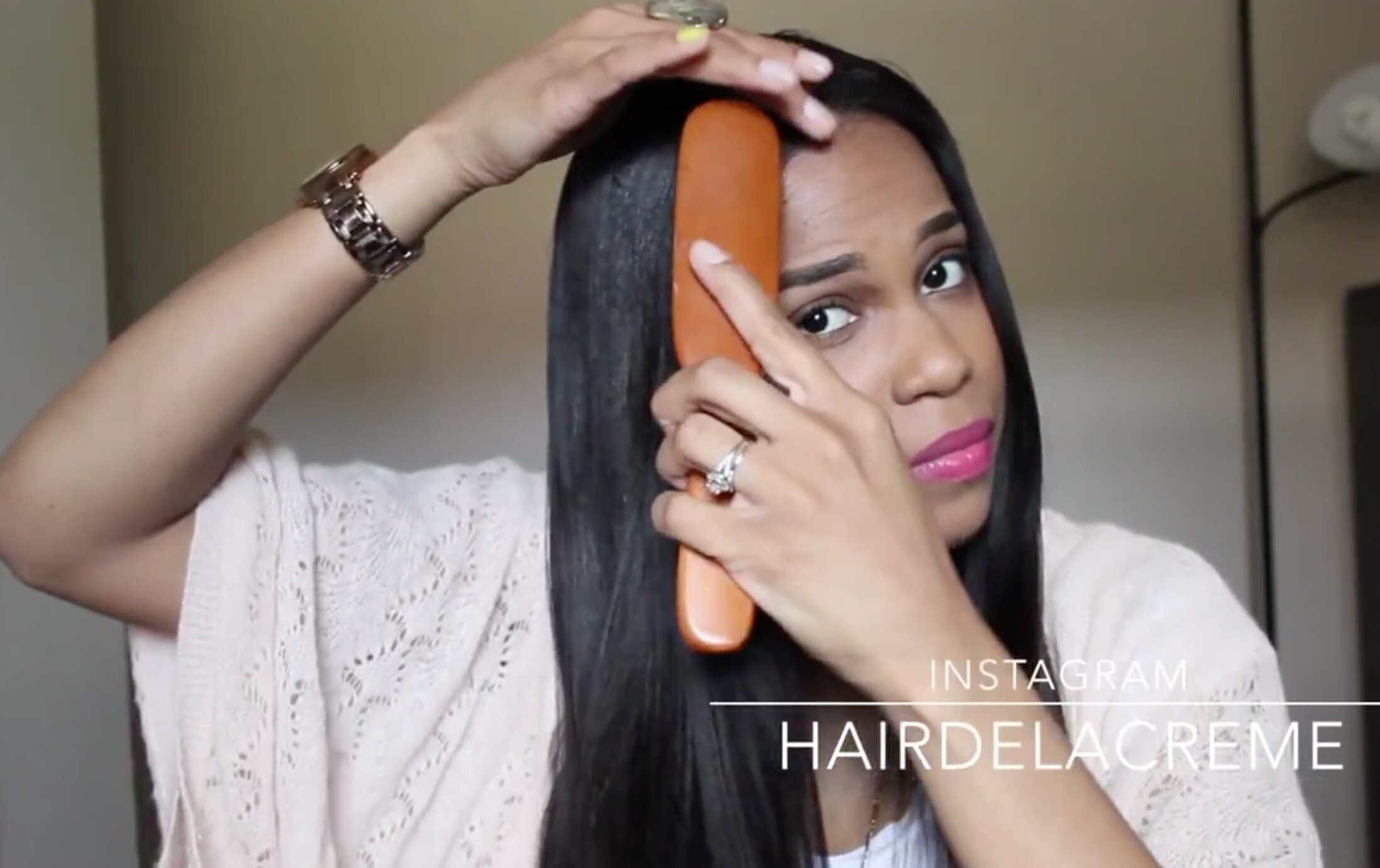 comb to blend your own hair to the wig